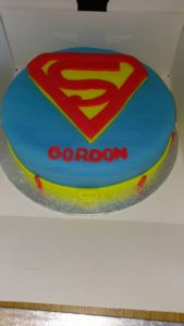 Superman themed birthday cake - quote celebration 500